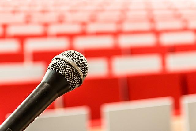 הרצאות לנשים All In One: הומור, השראה ועצמה