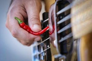 לכוון גיטרה בקלות