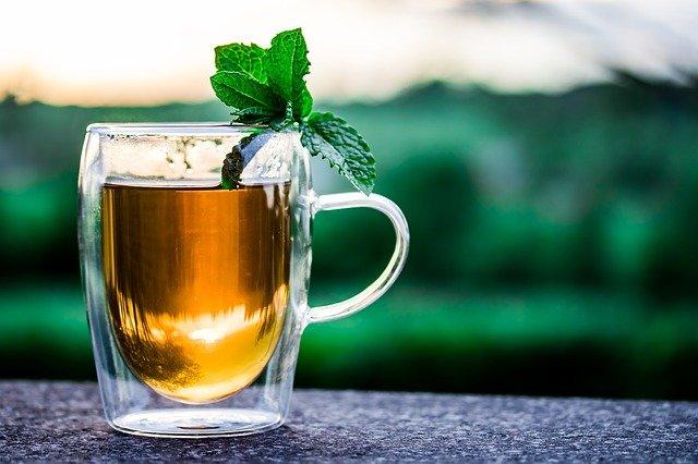 איך מכינים תה קר בבית?