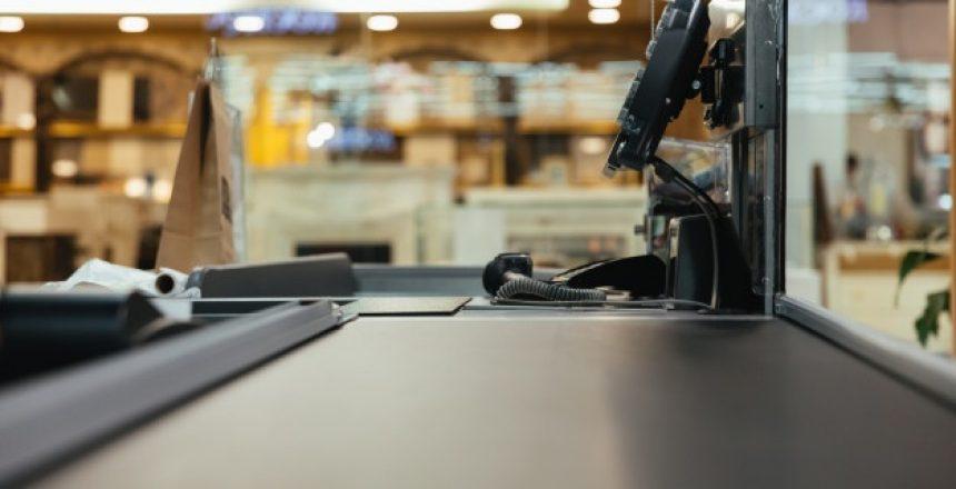 empty-cashier-work-place_171337-2420